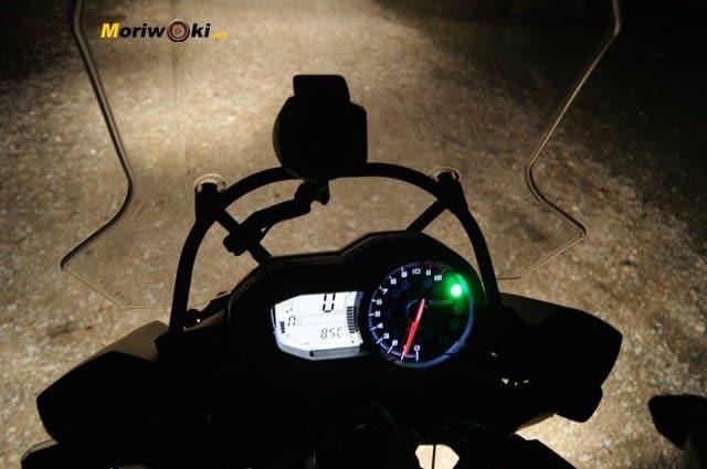 Triumph Explorer XC cuadro noche