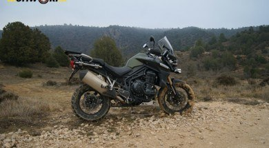 triumph Explorer XC embarrada