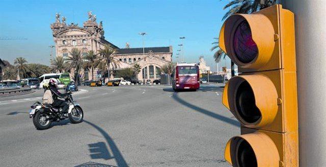 rebasando semáforo