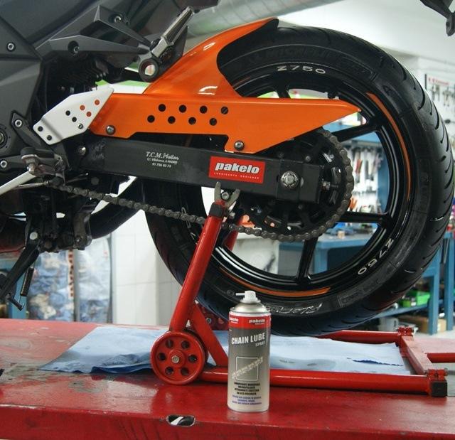 Spray Pakelo cadena moto kawa z 750