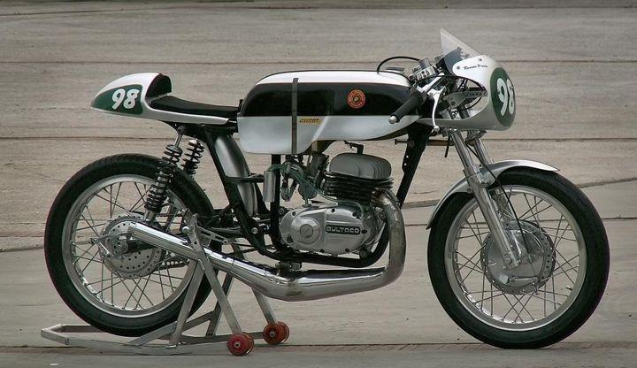 Relato de la moto Premiado por RNE lateral metralla mk2 carreras