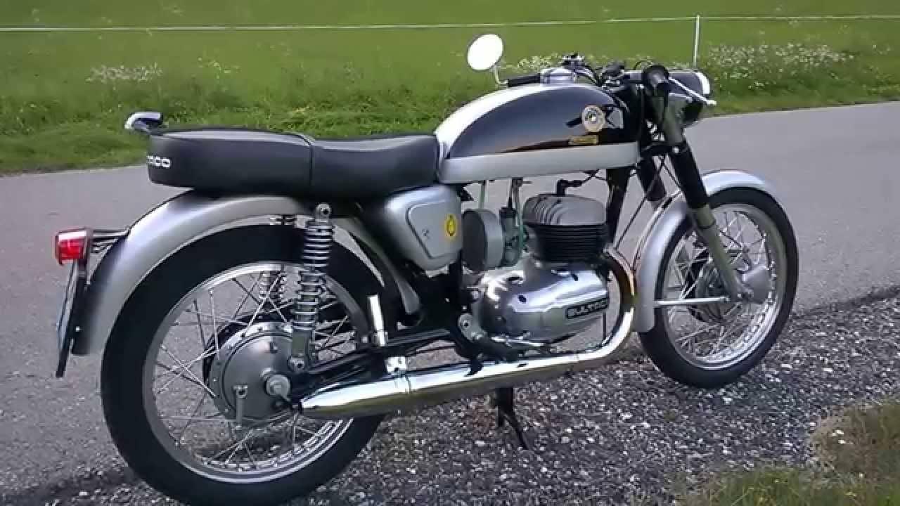 Relato de la moto Premiado por RNE metralla mk2 atras