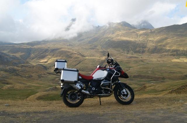 BMW R1200GS Adventure: El Espíritu de los Mil Usos