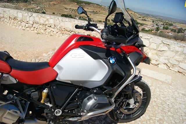 BMW R 1200 GS Adventure Detalle lateral izdo