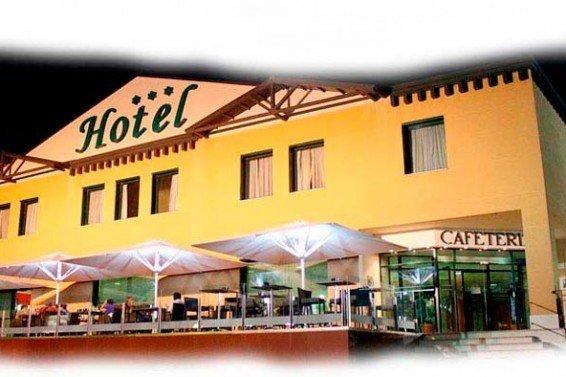 curso conducción 7 mayo Hotel-Villa-de-Ferias
