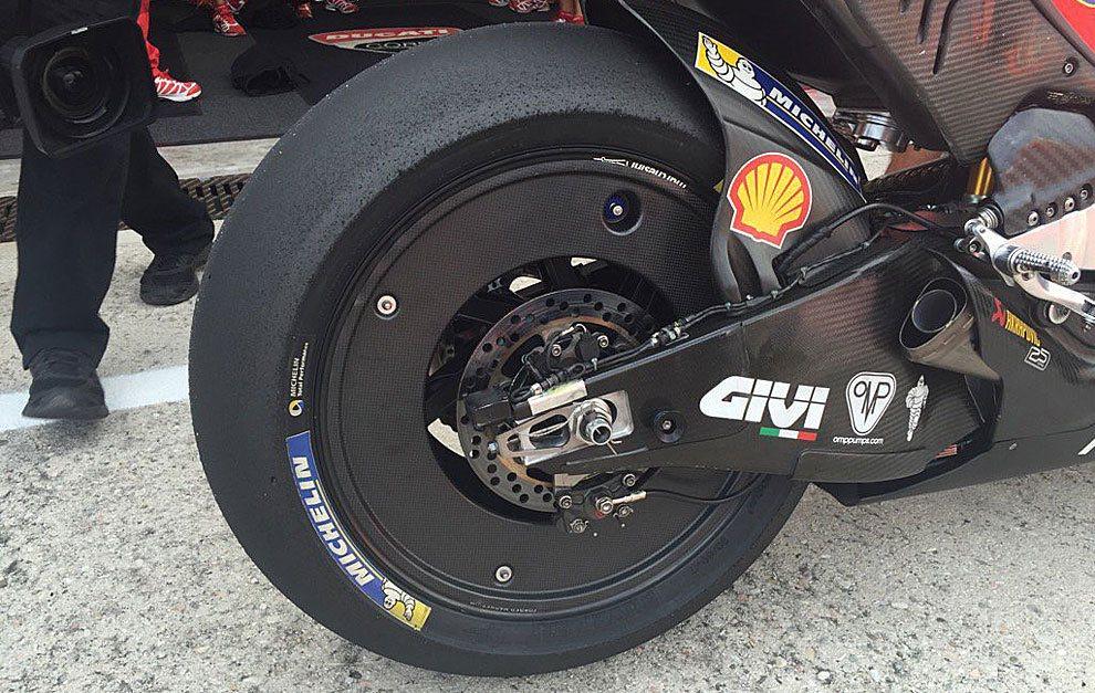 Ducati y la rueda lenticular