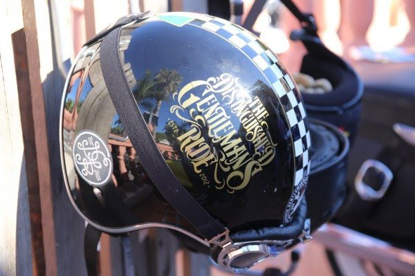 Distinguished Gentleman's Ride 2016 casco