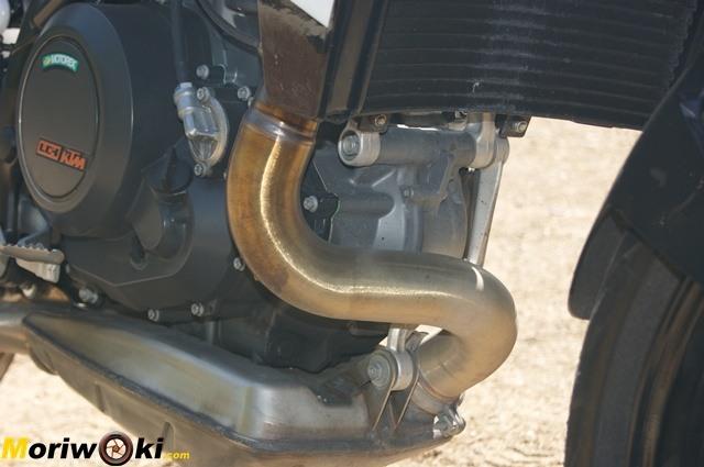 KTM 690 Duke prueba a fondo Motor y escape