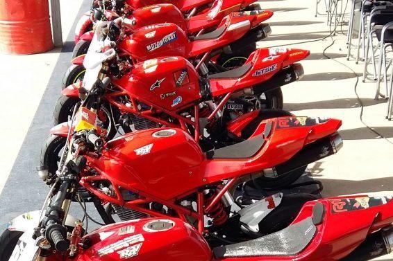 RAV Naked Moto· Circuito Grande Formación escudería