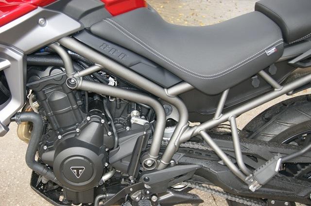 Triumph Tiger 800 XRT chasis motor