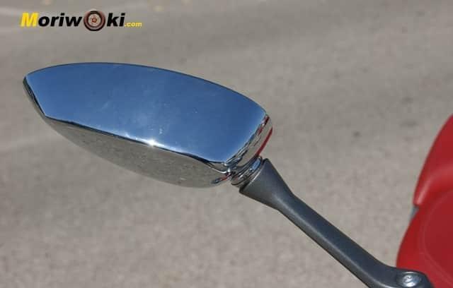 Vespa 946 Distinción espejo