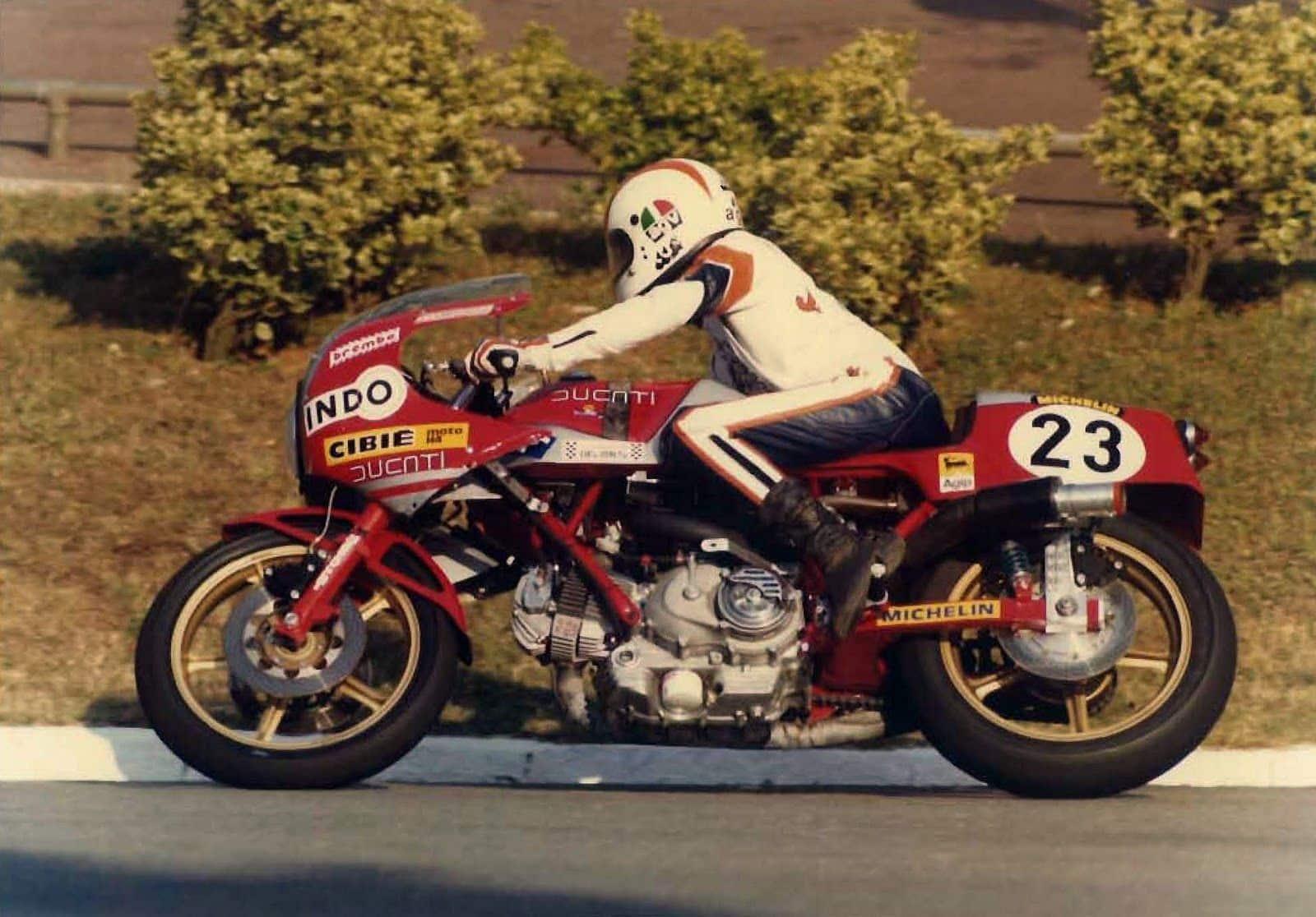 1979 24 Horas de Montjuich. Mallol, con Ducati NCR. Cortesía de JM Mallol.