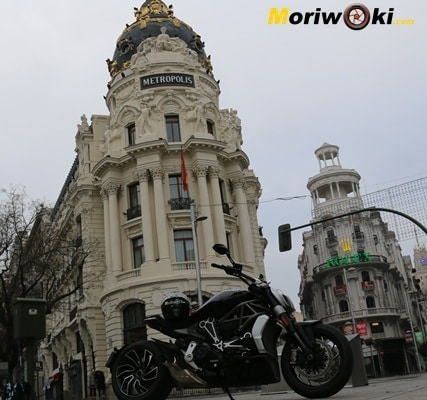 Ducati XDiavel 2016 metropoli