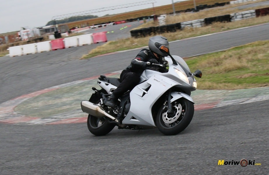 curso conducción 7 mayo speed triple