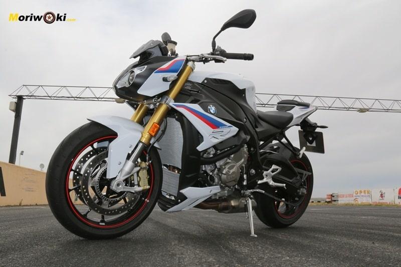BMW S1000R izquierda