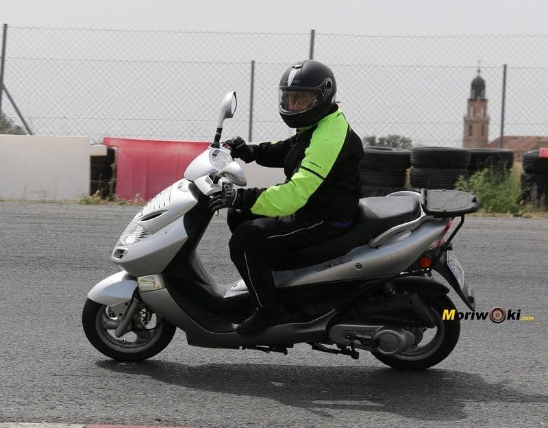 Curso de conducción 24 Junio scooter 125