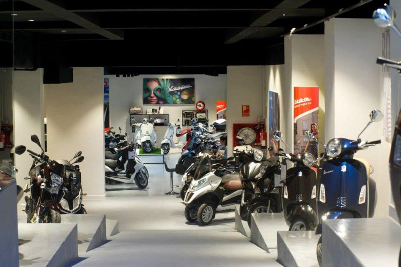 concesionario Piaggio Motospazio-bicubic Interior