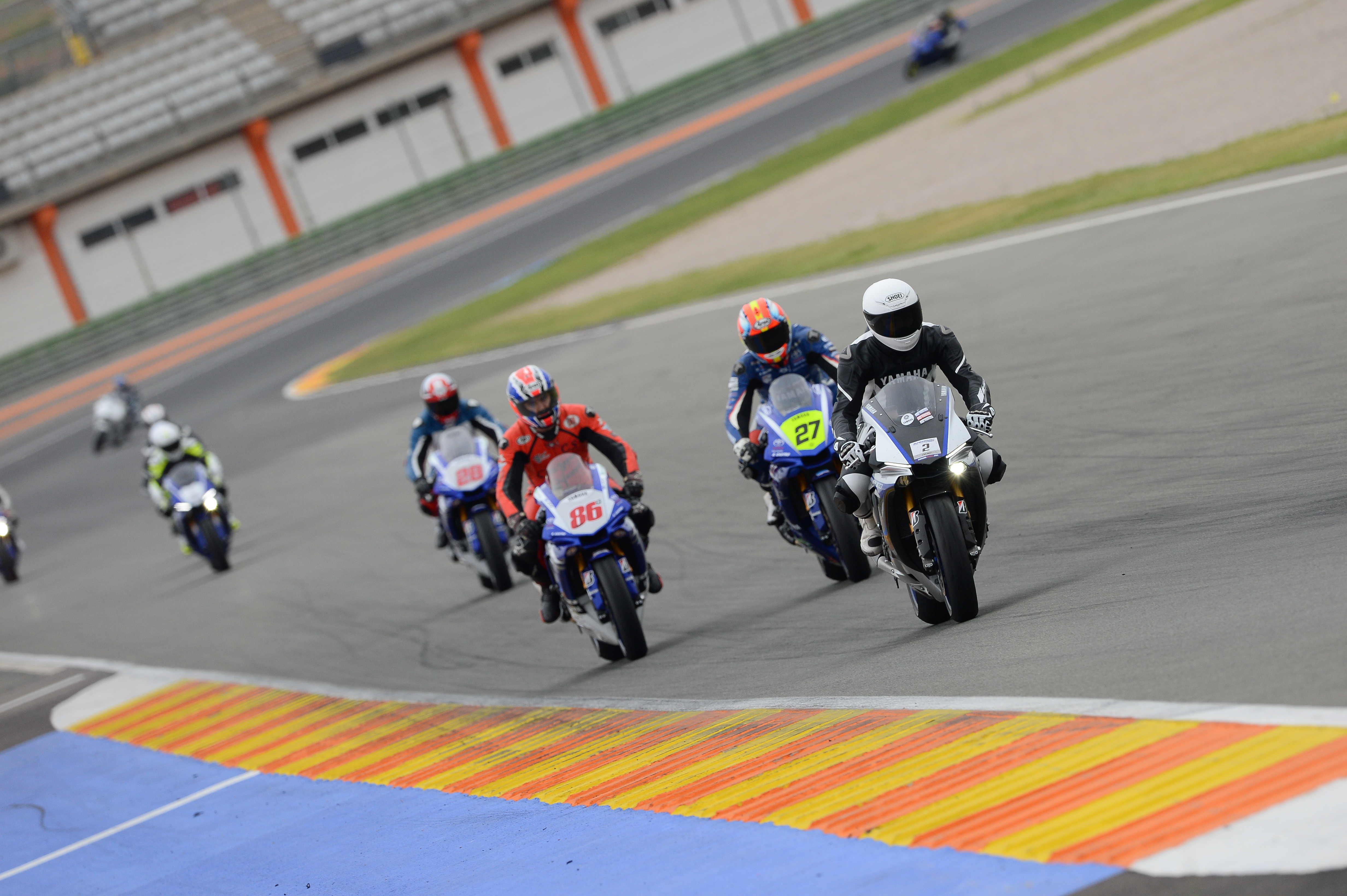 Yamaha: Super Sport Protour 2017 en Cheste 2