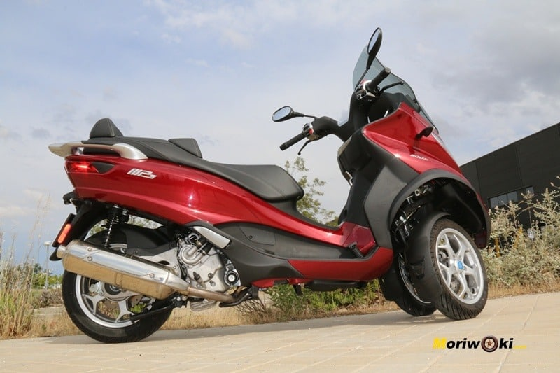 Los mejores scooters de tres ruedas. Piaggio MP3 LT 500 Bussines.