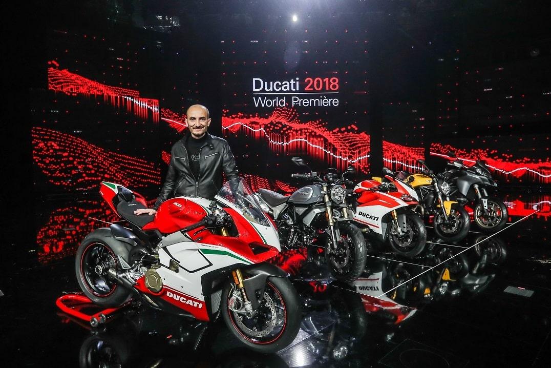 Espectacular despliegue de Ducati presentando sus novedades en el EICMA