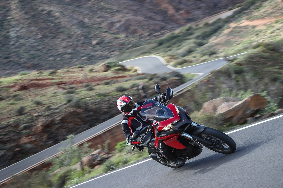 Red Friday  MULTISTRADA 950 ACTION_25