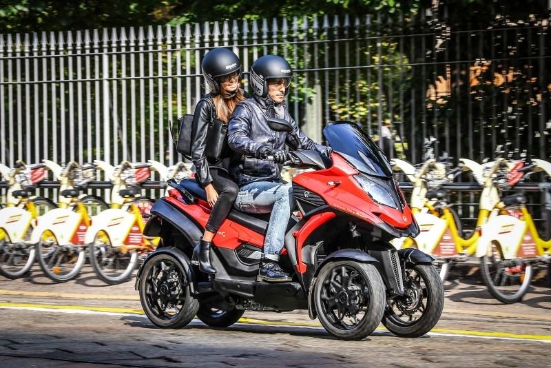 Quadro regala ahora un equipamiento extra en sus scooters