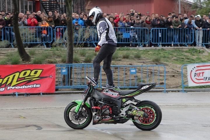 Moto-Madrid-2018 stunt