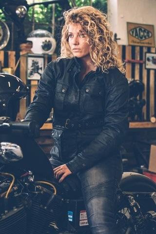 Overlap presenta dos nuevos jeans de moto para ella y para él
