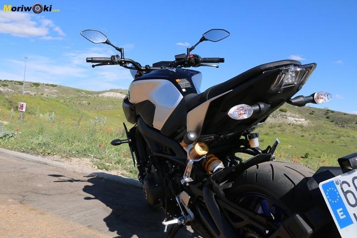 Prueba Yamaha MT-09 SP detras