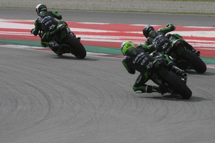 European Kawasaki Z Cup Montmeló 2018 grupo desde atrás