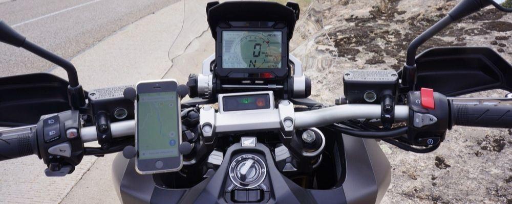 Soporte de móvil para moto – Guía de compra con las mejores opciones