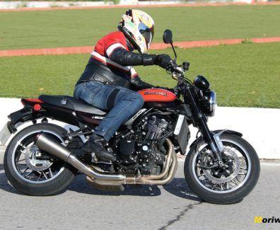 Kawasaki Z900RS prueba Moriwoki mn