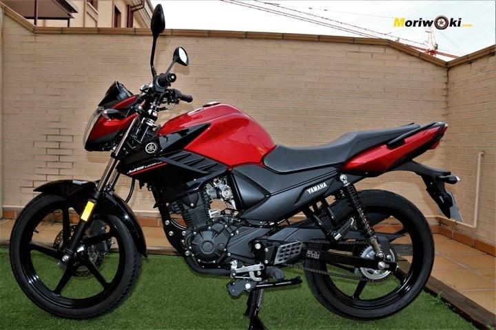 Prueba Yamaha YS125 en Moriwoki