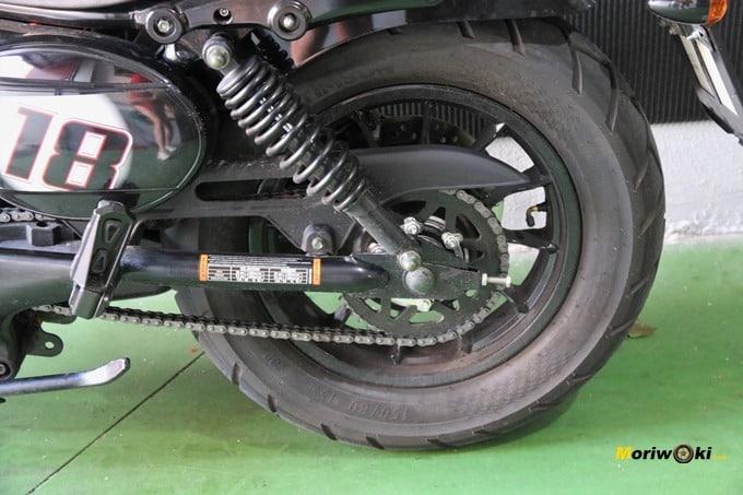 Hyosung Aquila GV 125S amortiguador