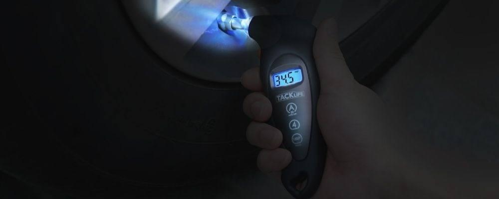 Los mejores Manómetros Digitales para Neumáticos