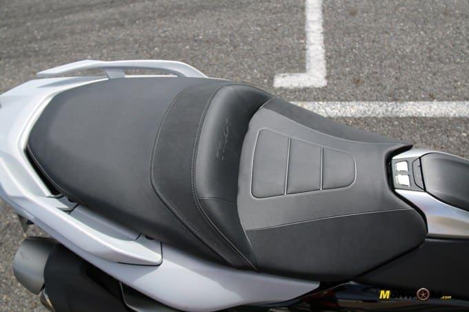 Aseinto de la Yamaha Tmax 530 DX.
