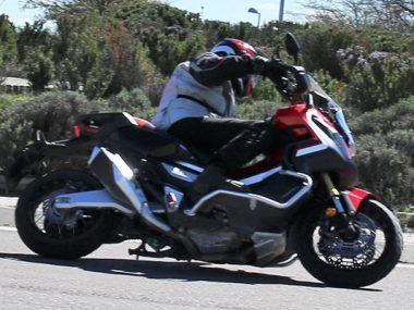 Prueba Honda X-ADV en asfalto y tierra