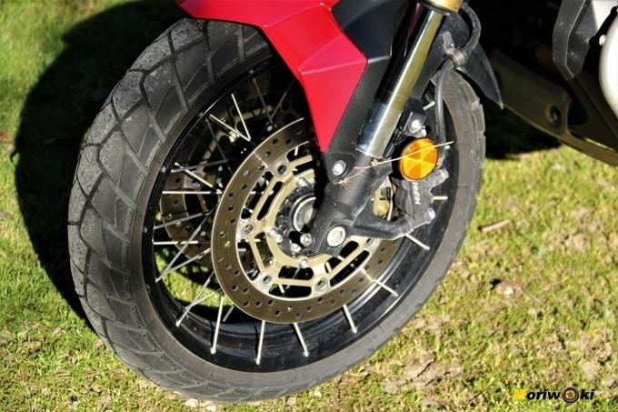 El Honda X-ADV y su doble disco de freno con pinzas de anclaje radial