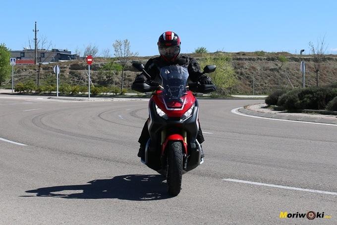Llegando con el Honda X_ADV