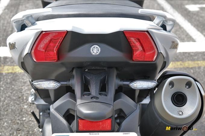 Parte trasera de la Yamaha Tmax 530 DX.