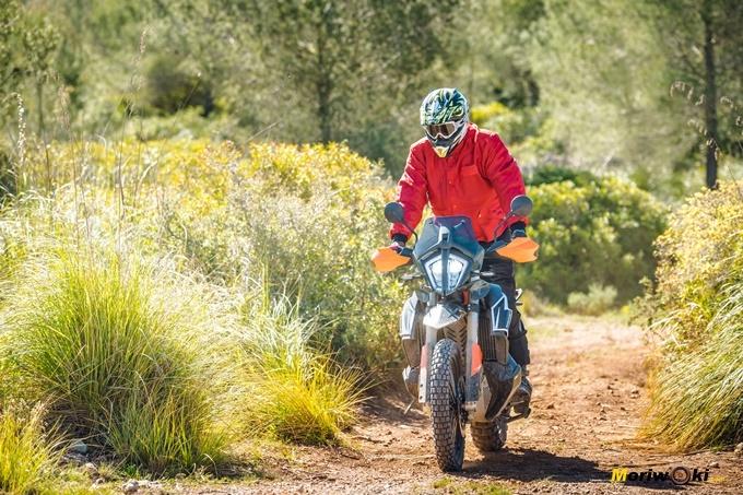 La KTM 790 Adventure R en su ambiente más natural.