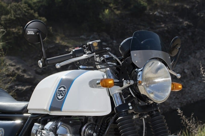 Fontal superior de la Royal Enfield Continental GT 650.