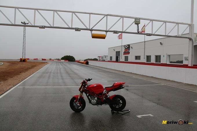 Circuitos Pit Bikes Zona Centro. Recta de DR7.