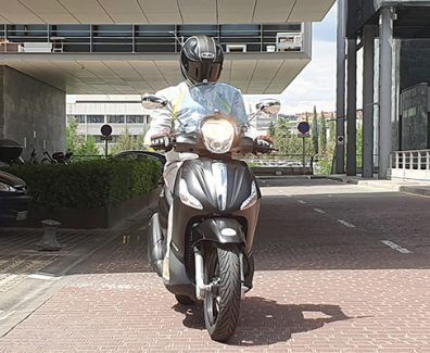 Piaggio Beverly 350 Police prueba portada reportaje