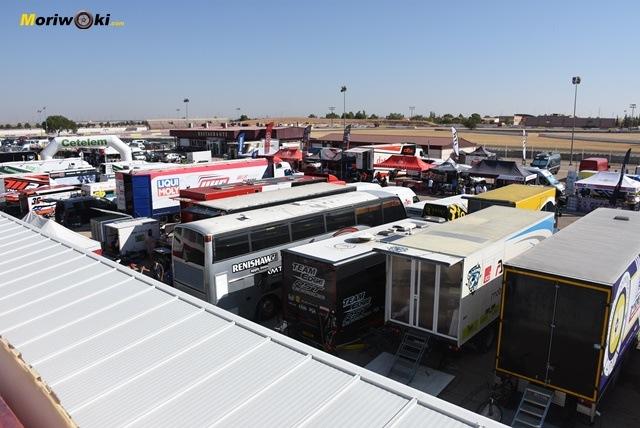Panorama del paddock en el ESBK.