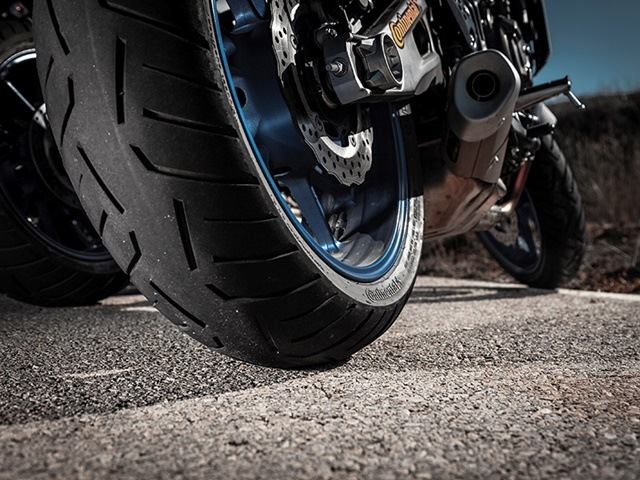 Tipos de neumáticos comportamiento Conti Road Attack3