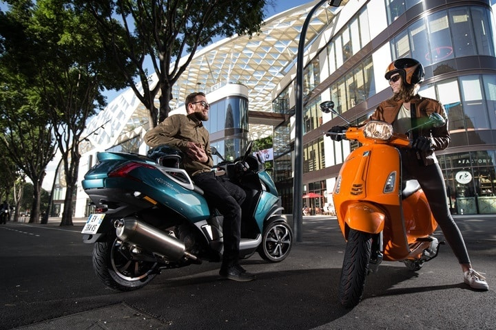 El Nuevo Michelin CityGrip 2 montado en dos scooters bien diferentes.