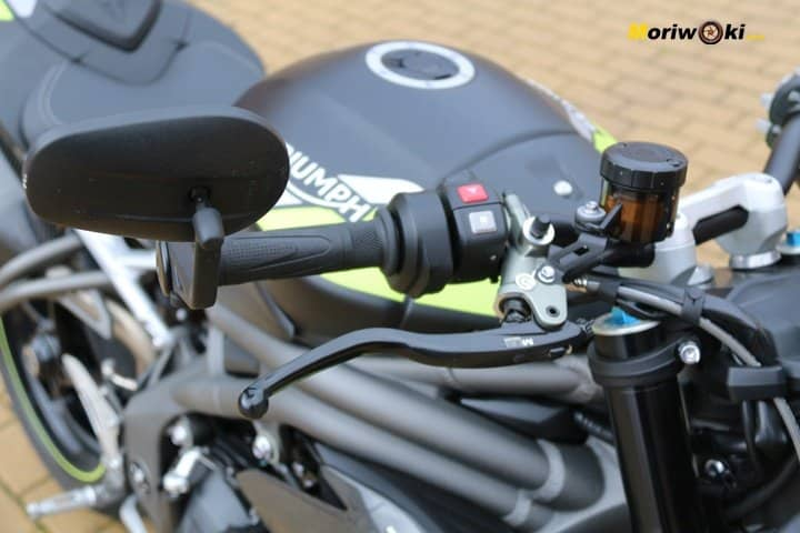 Maneta del freno de la Triumph Speed Triple 1050 RS.