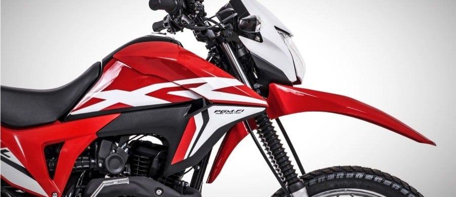 Moto Roja de carreras con batería