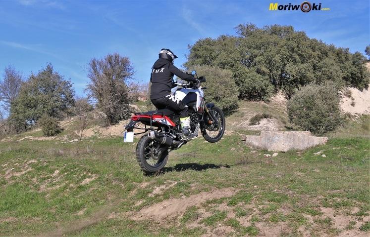 Caballito en la Prueba Yamaha Tenere 700.